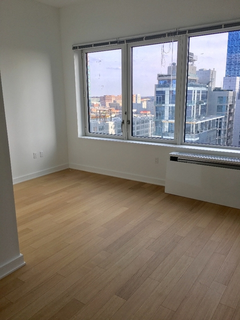 3 Bedrooms, Financial District Rental in NYC for $5,400 - Photo 2