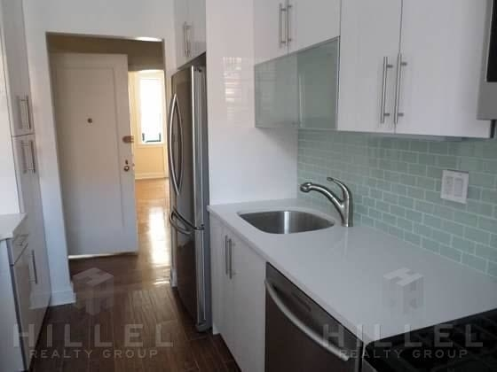 3 Bedrooms, Woodside Rental in NYC for $3,375 - Photo 1