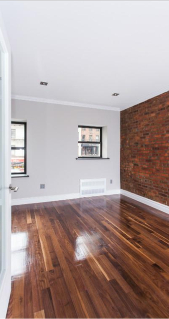 4 Bedrooms, Turtle Bay Rental in NYC for $6,270 - Photo 2