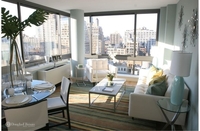 2 Bedrooms, Chelsea Rental in NYC for $7,100 - Photo 1