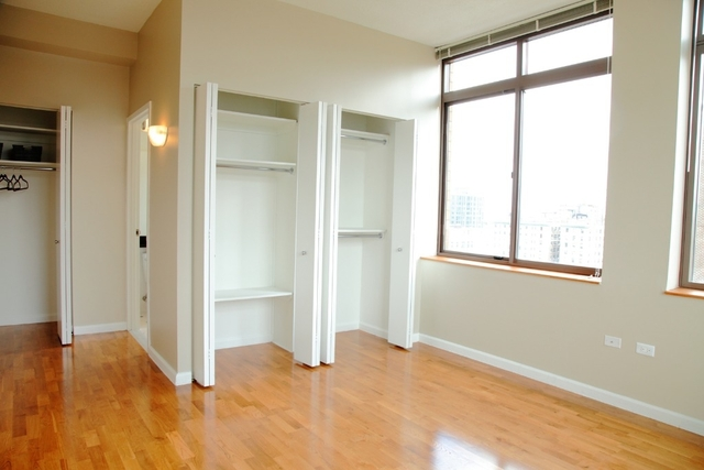 3 Bedrooms, Upper West Side Rental in NYC for $10,900 - Photo 2
