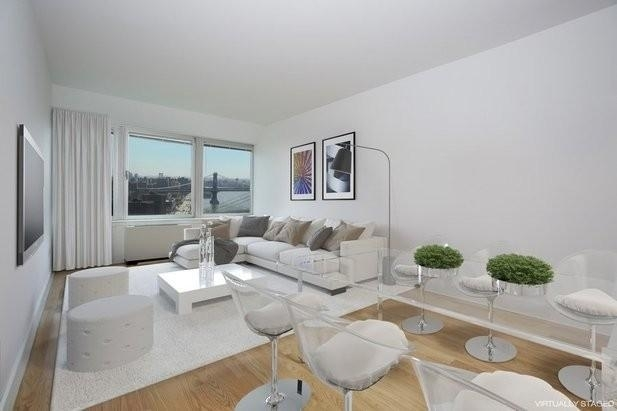 Studio, Financial District Rental in NYC for $2,996 - Photo 2
