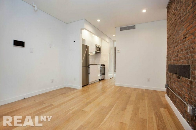 2 Bedrooms, Bowery Rental in NYC for $3,775 - Photo 2