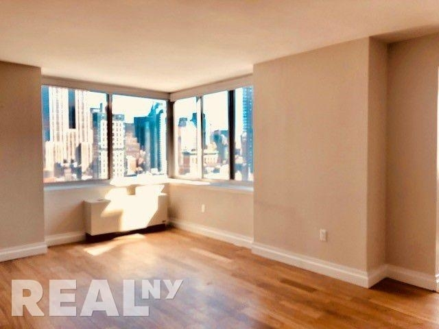 1 Bedroom, NoMad Rental in NYC for $4,891 - Photo 2