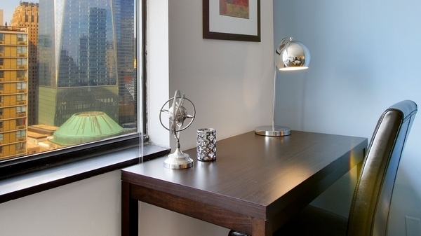 3 Bedrooms, Battery Park City Rental in NYC for $7,850 - Photo 2