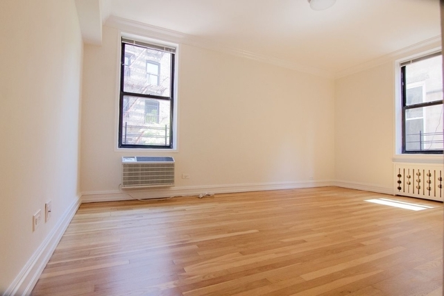 2 Bedrooms, West Village Rental in NYC for $5,400 - Photo 2