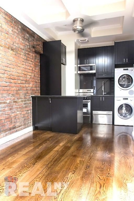 3 Bedrooms, Little Italy Rental in NYC for $5,226 - Photo 1