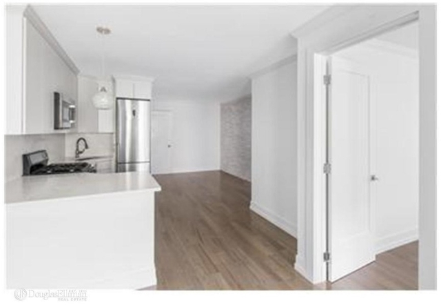 3 Bedrooms, Upper East Side Rental in NYC for $5,900 - Photo 2