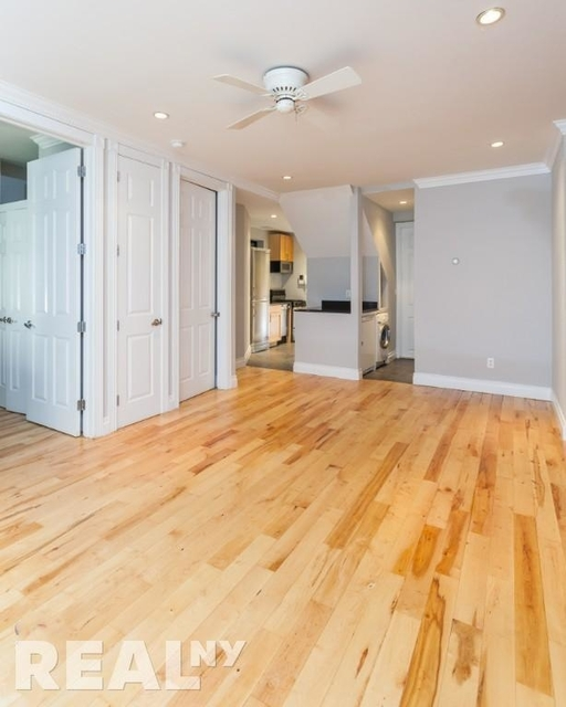 2 Bedrooms, Alphabet City Rental in NYC for $3,845 - Photo 1