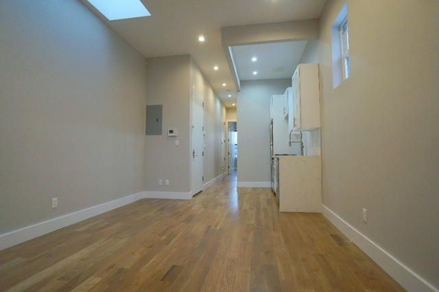 3 Bedrooms, Williamsburg Rental in NYC for $3,695 - Photo 1