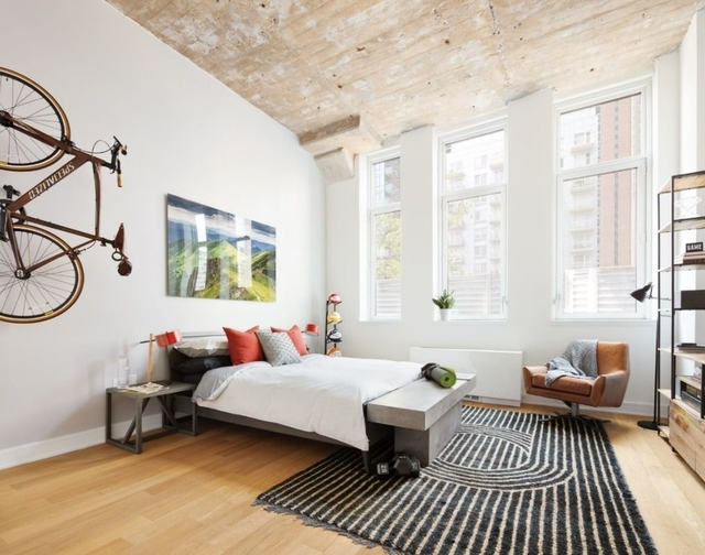 Studio, Long Island City Rental in NYC for $2,400 - Photo 1