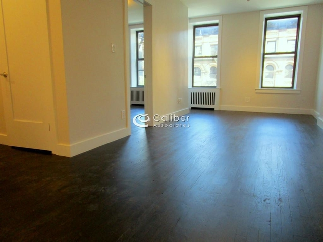 1 Bedroom, Lincoln Square Rental in NYC for $3,549 - Photo 2