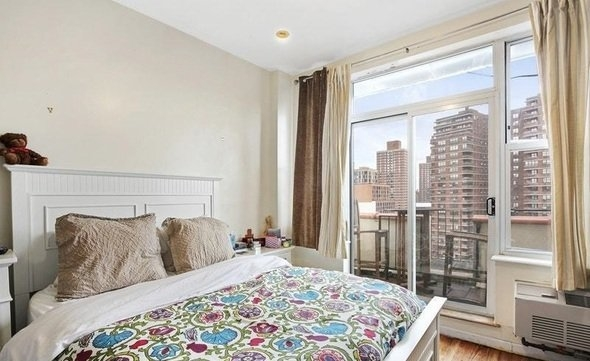 3 Bedrooms, Chinatown Rental in NYC for $4,600 - Photo 1