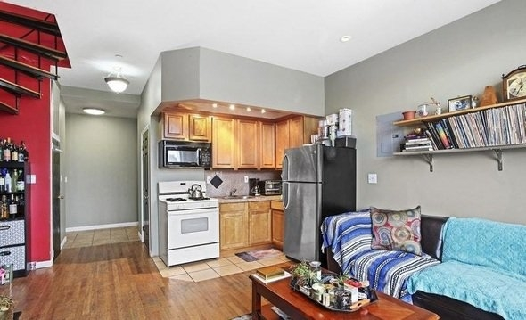 3 Bedrooms, Chinatown Rental in NYC for $4,600 - Photo 2