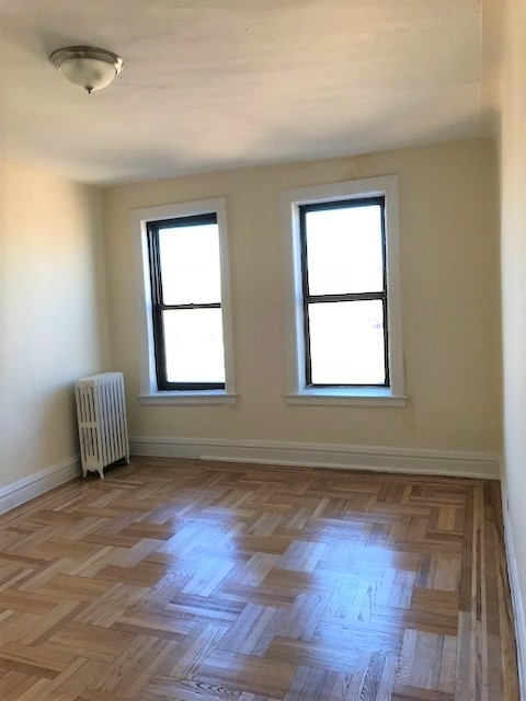 1 Bedroom, Olinville Rental in NYC for $1,450 - Photo 2
