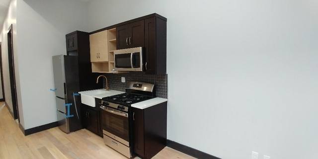 3 Bedrooms, East Williamsburg Rental in NYC for $3,692 - Photo 2