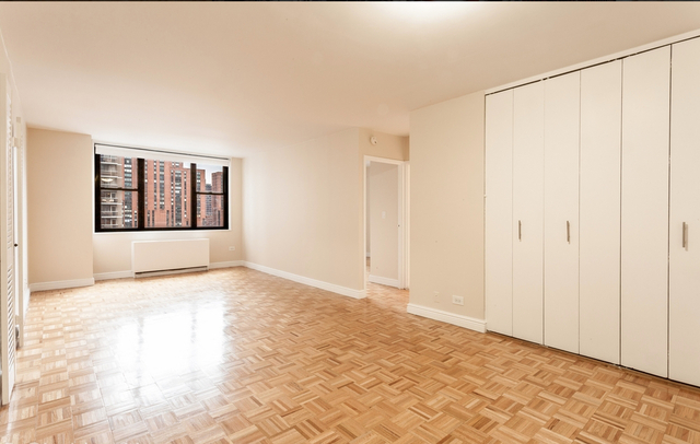 1 Bedroom, Lincoln Square Rental in NYC for $6,695 - Photo 1