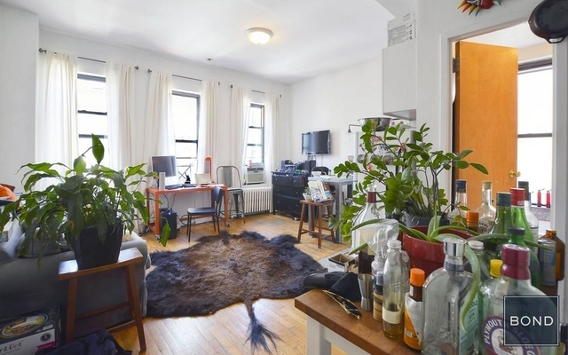 1 Bedroom, Little Italy Rental in NYC for $3,380 - Photo 2