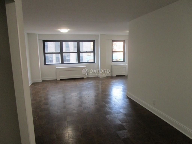 2 Bedrooms, Yorkville Rental in NYC for $5,600 - Photo 1