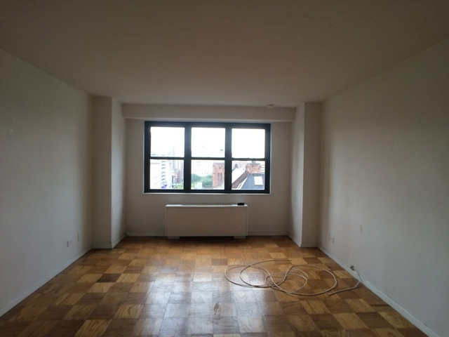 2 Bedrooms, Stuyvesant Town - Peter Cooper Village Rental in NYC for $3,390 - Photo 2