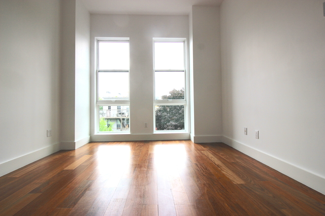 3 Bedrooms, Greenpoint Rental in NYC for $4,240 - Photo 1