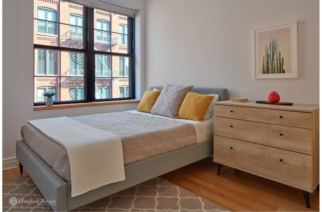 1 Bedroom, DUMBO Rental in NYC for $4,330 - Photo 2