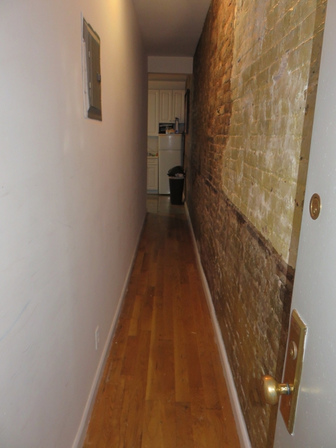 2 Bedrooms, Little Italy Rental in NYC for $3,380 - Photo 2
