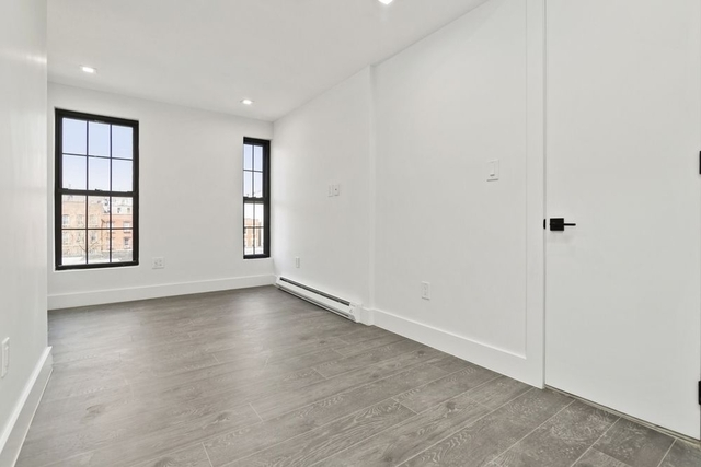 2 Bedrooms, Red Hook Rental in NYC for $2,260 - Photo 1