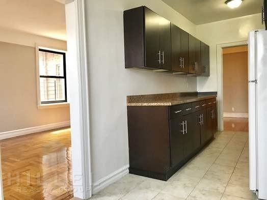 2 Bedrooms, Forest Hills Rental in NYC for $2,750 - Photo 1