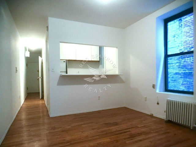 2 Bedrooms, Upper East Side Rental in NYC for $2,899 - Photo 1