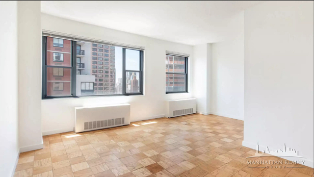3 Bedrooms, Murray Hill Rental in NYC for $5,300 - Photo 2
