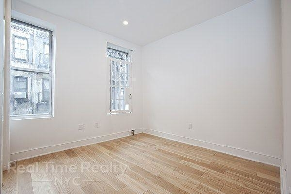 2 Bedrooms, Rose Hill Rental in NYC for $3,276 - Photo 2