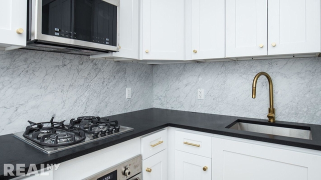1 Bedroom, Two Bridges Rental in NYC for $3,827 - Photo 1