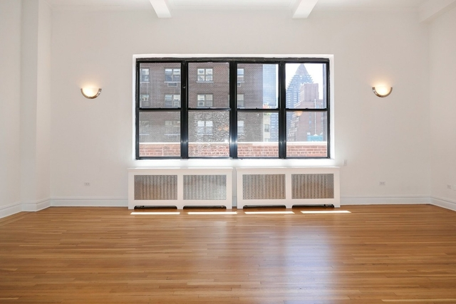 2 Bedrooms, Sutton Place Rental in NYC for $12,800 - Photo 2