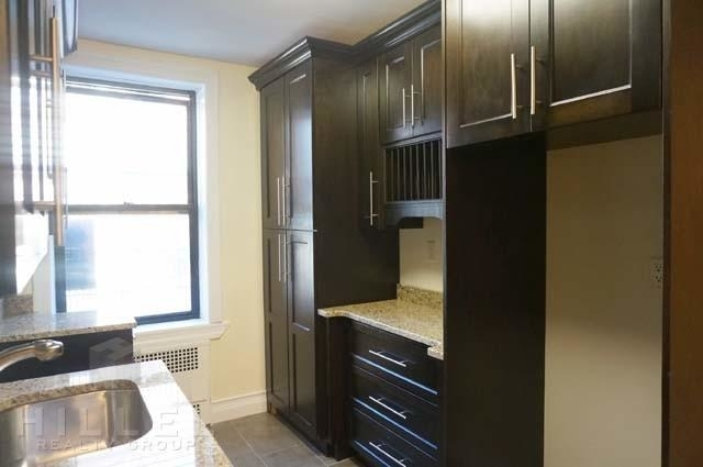 2 Bedrooms, Sunnyside Rental in NYC for $3,100 - Photo 2