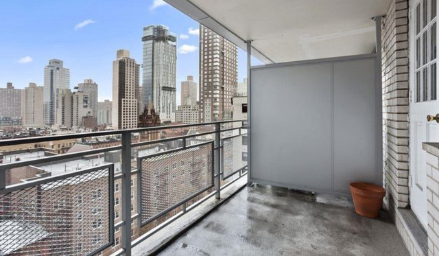 Studio, Yorkville Rental in NYC for $2,655 - Photo 2