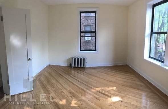2 Bedrooms, Sunnyside Rental in NYC for $2,699 - Photo 2
