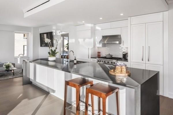 2 Bedrooms, Yorkville Rental in NYC for $8,063 - Photo 1