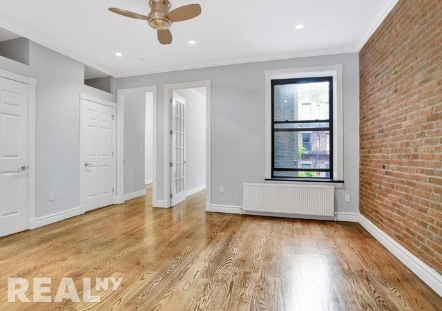 4 Bedrooms, Hell's Kitchen Rental in NYC for $6,412 - Photo 1