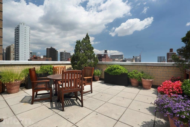 2 Bedrooms, Rose Hill Rental in NYC for $3,585 - Photo 2