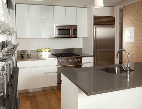 2 Bedrooms, Hell's Kitchen Rental in NYC for $5,260 - Photo 2