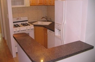 1 Bedroom, Ridgewood Rental in NYC for $1,850 - Photo 2