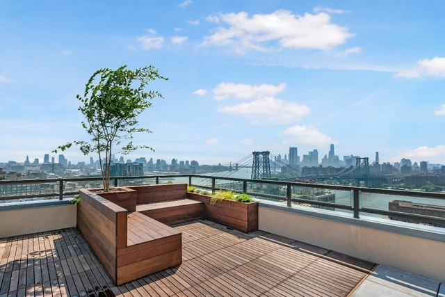 3 Bedrooms, Williamsburg Rental in NYC for $7,082 - Photo 2