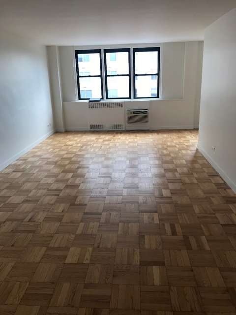 2 Bedrooms, Yorkville Rental in NYC for $5,525 - Photo 1