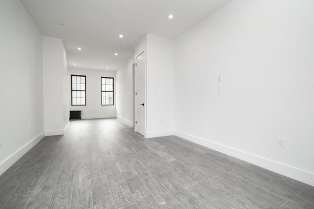 2 Bedrooms, East Williamsburg Rental in NYC for $2,919 - Photo 2