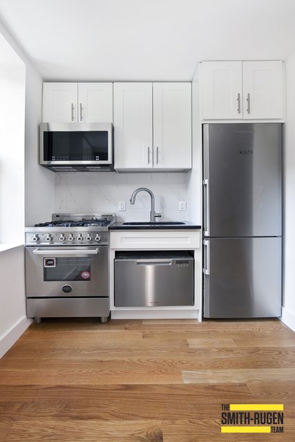 4 Bedrooms, Financial District Rental in NYC for $6,000 - Photo 1