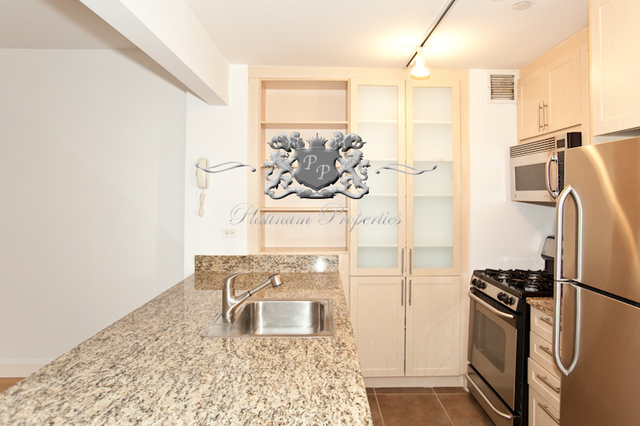 Studio, Financial District Rental in NYC for $2,993 - Photo 2