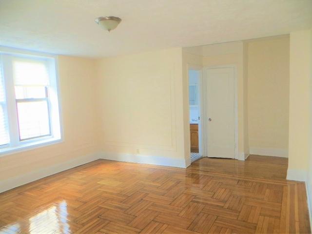 Studio, Pelham Parkway Rental in NYC for $1,315 - Photo 2