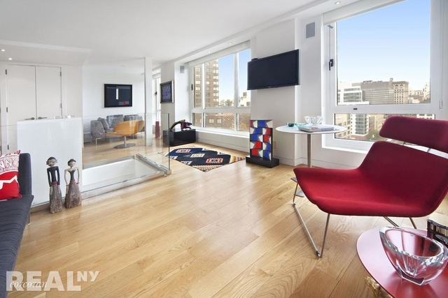 3 Bedrooms, Gramercy Park Rental in NYC for $9,900 - Photo 2
