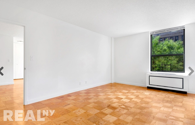Studio, Upper West Side Rental in NYC for $7,750 - Photo 2